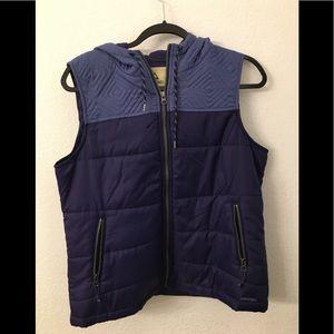 Ascend hooded vest size large